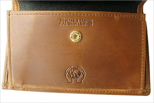 セトラーのオイルヌバックで作られた三つ折り財布の小銭入れ