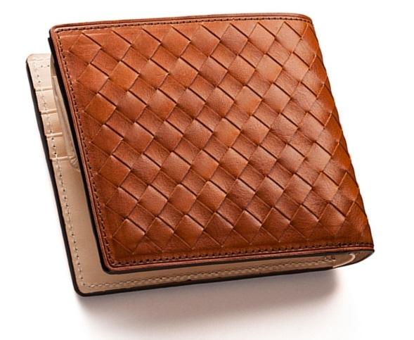 メンズに人気のココマイスター二つ折り財布