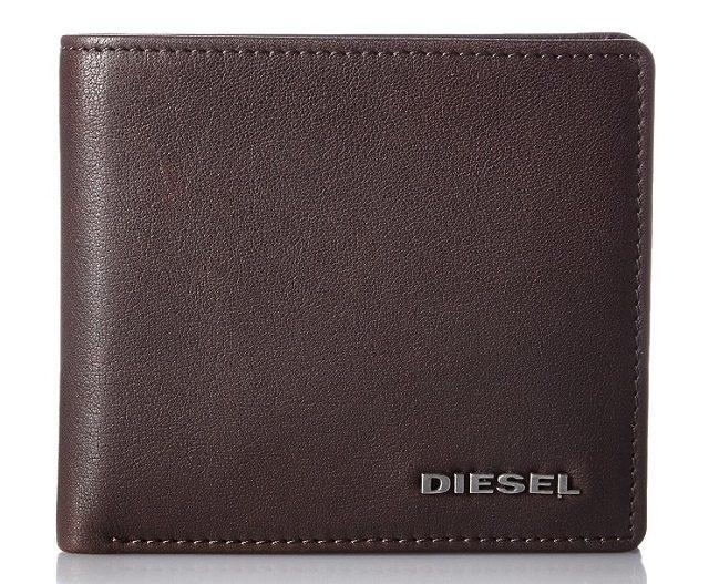 ディーゼルのカジュアルな二つ折り財布
