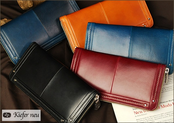 キーファノイのメンズ長財布