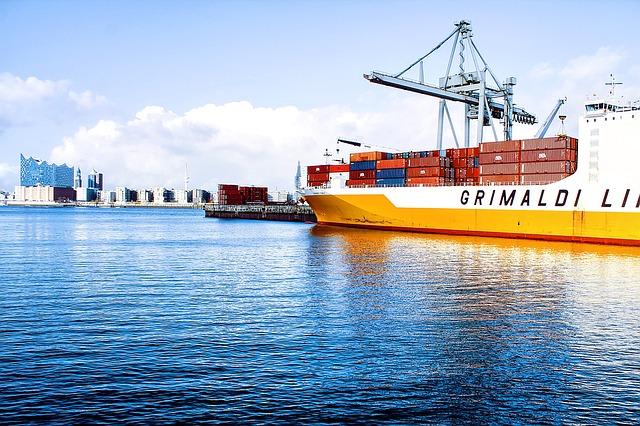 並行輸入は船でコンテナを運んでくるから安いけど、届くまでに1ヶ月かかるぜ、の画像