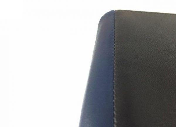 JOGGOのキーケースのつなぎ目部分の縫製