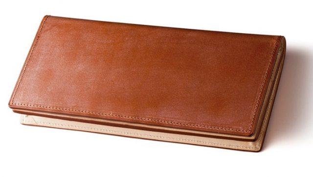 ココマイスターのブライドルレザー長財布