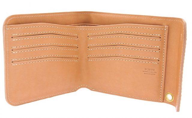 ポーターグランジシリーズの三つ折財布の内装