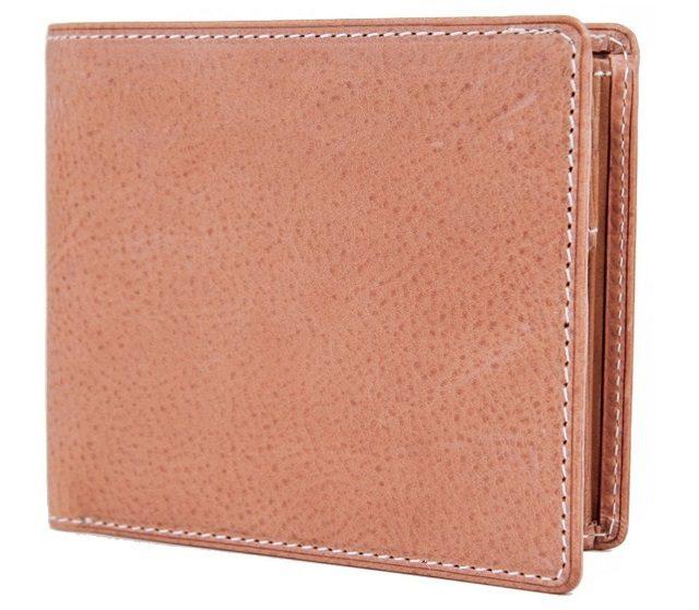 コルボのカジュアルな二つ折り財布ネッビア