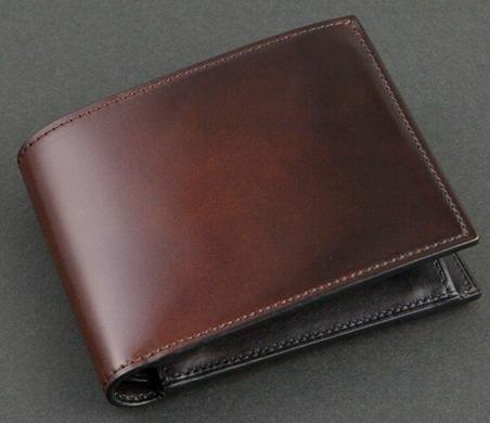 ユハクのデュモンド二つ折り財布