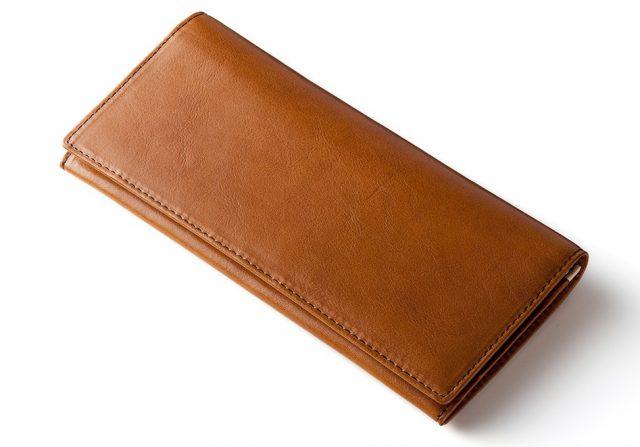ココマイスターのカジュアルでコスパのいいマットーネ長財布
