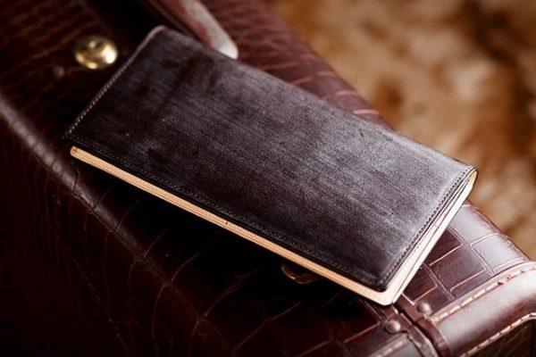 デザインのカッコイイ財布