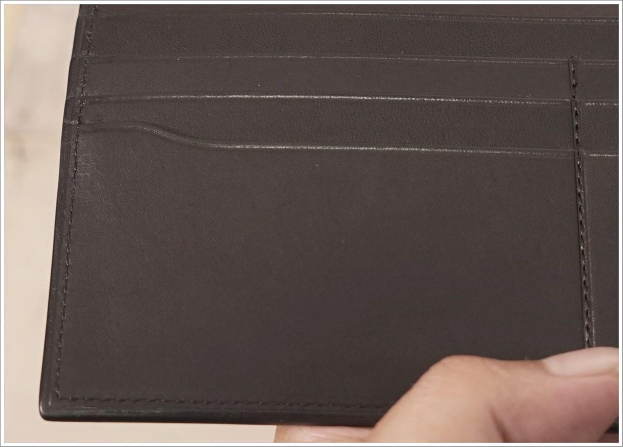 アドバンレザー長財布の縫製