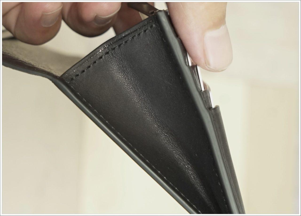 アドバンレザー長財布のマチ部分