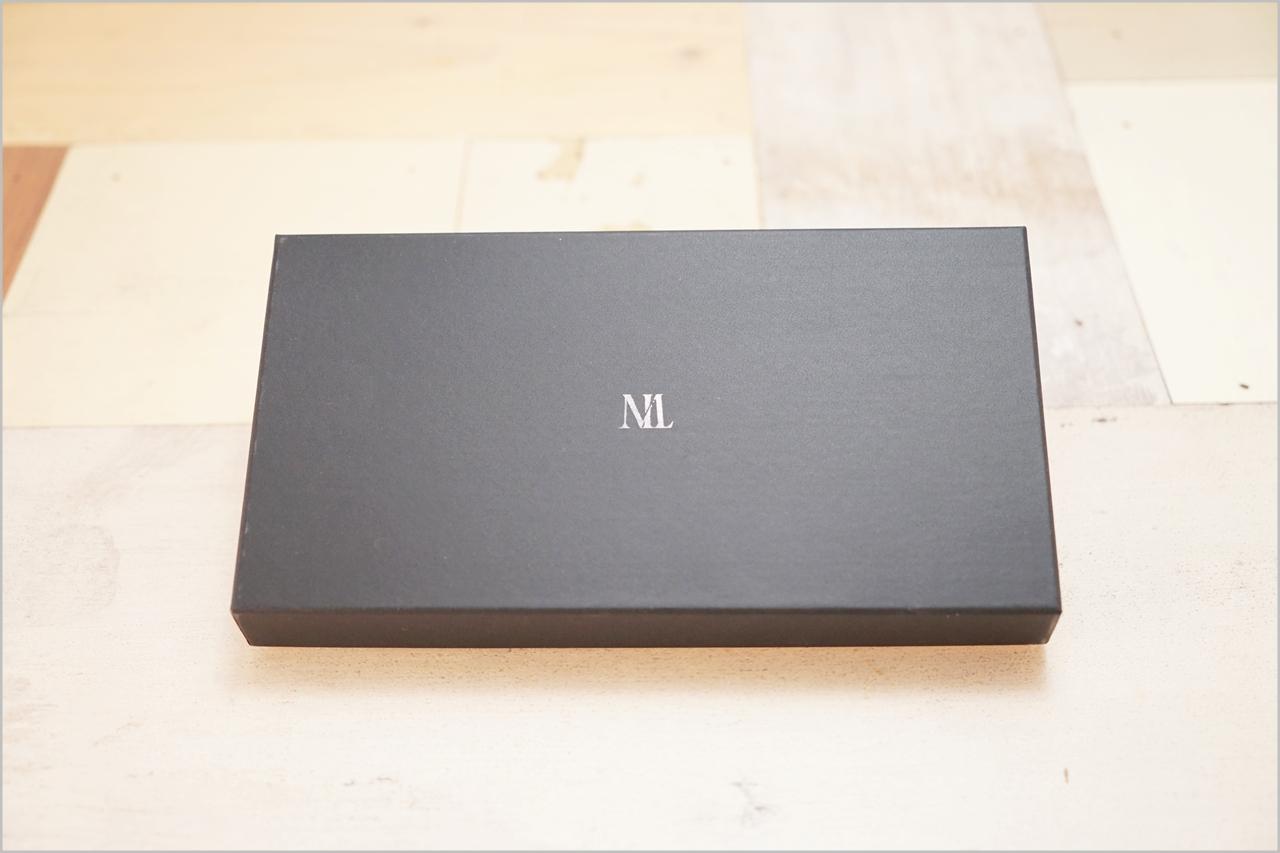 ディアレスト長財布のカブセ束入れN01外箱