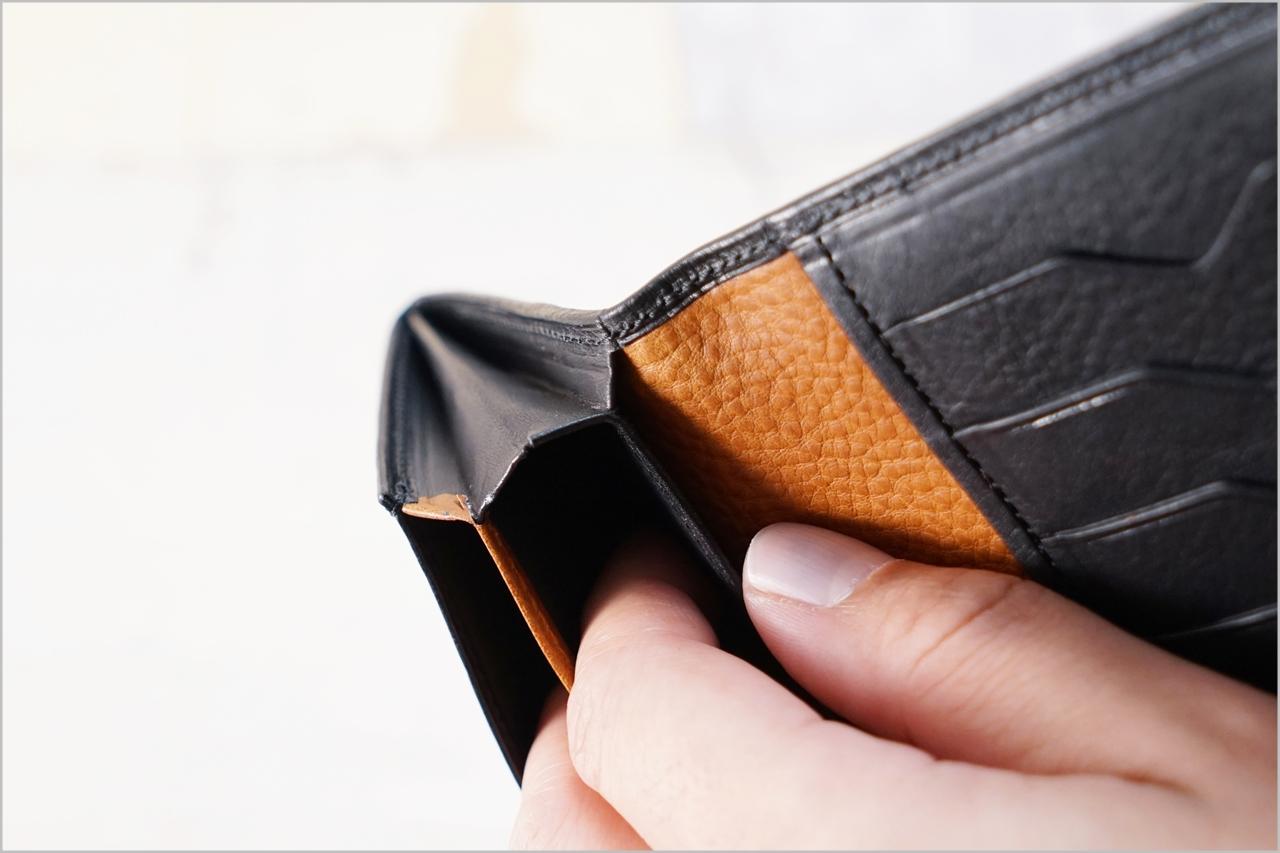 ディアレスト長財布のカブセ束入れN01の風琴マチ2